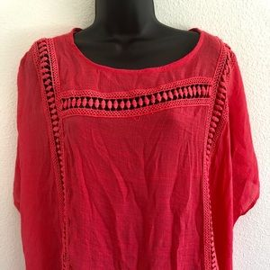 NWT Beautiful Coral Top
